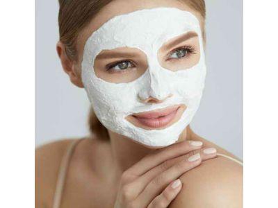 Поживна маска для обличчя
