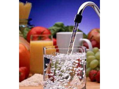 Скільки потрібно пити води?