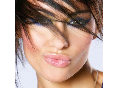 Догляд за губами